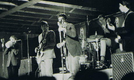 13th Floor Elevators B&W live pohto