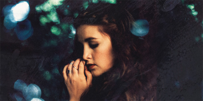 LAUREN AQUILINA promo photo