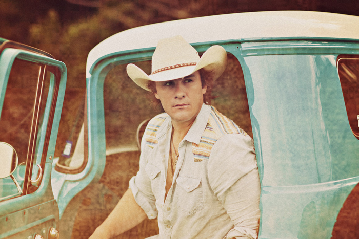 JOE NICHOLS promo photo